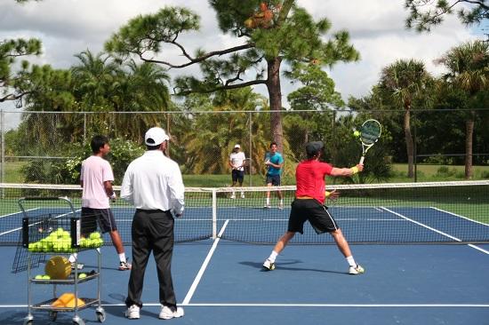 クラブメッドテニスアカデミー練習