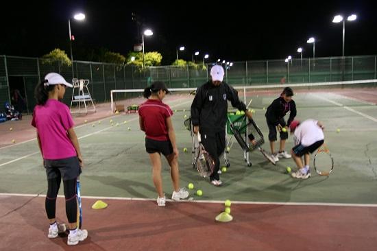ユニークスタイルテニスアカデミー_練習風景0510